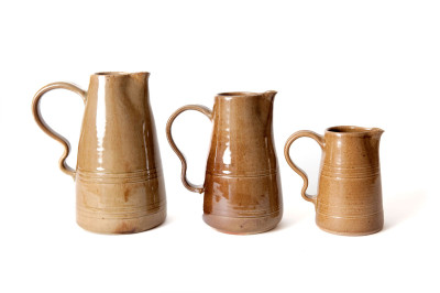 4.-Three-jugs-1200